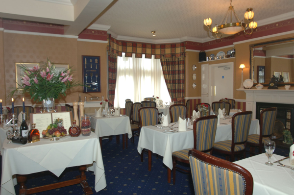 Cutlers restaurant at the grange hotel european in newark nottinghamshire the gourmet society - The grange hotel restaurant ...