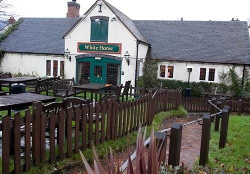 The White Horse, Curdworth - Vintage Inns
