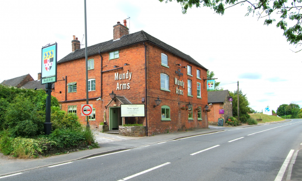 Mundy Arms, Derby - Chef & Brewer