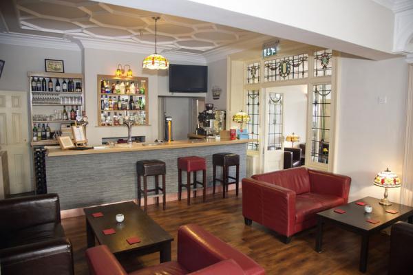 Dewsbury - Heath Cottage Hotel