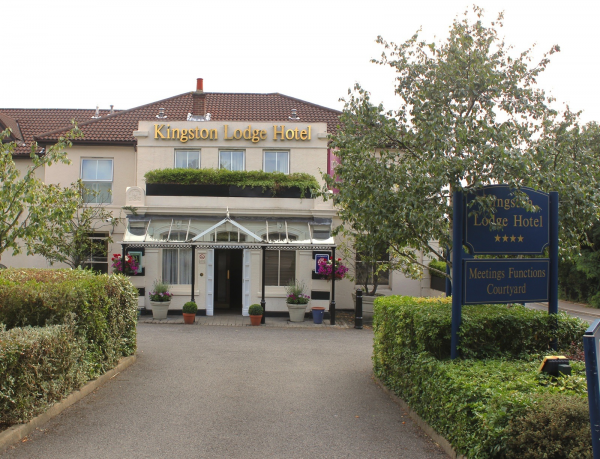 Surrey - Kingston Lodge Hotel