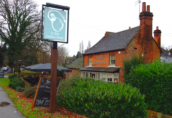 Ye Olde Leathern Bottel, Wokingham - Chef & Brewer