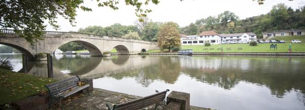 Oxfordshire - Shillingford Bridge Hotel