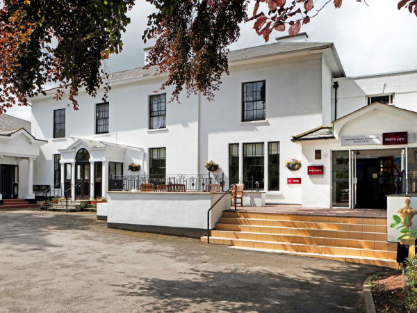Staffordshire - Mercure Stafford South Hatherton House Hotel
