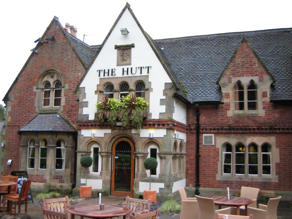 Hutt, Nottingham - Chef & Brewer